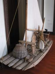 A Jangada de Piúba - a sailing raft made from six logs pinned together.